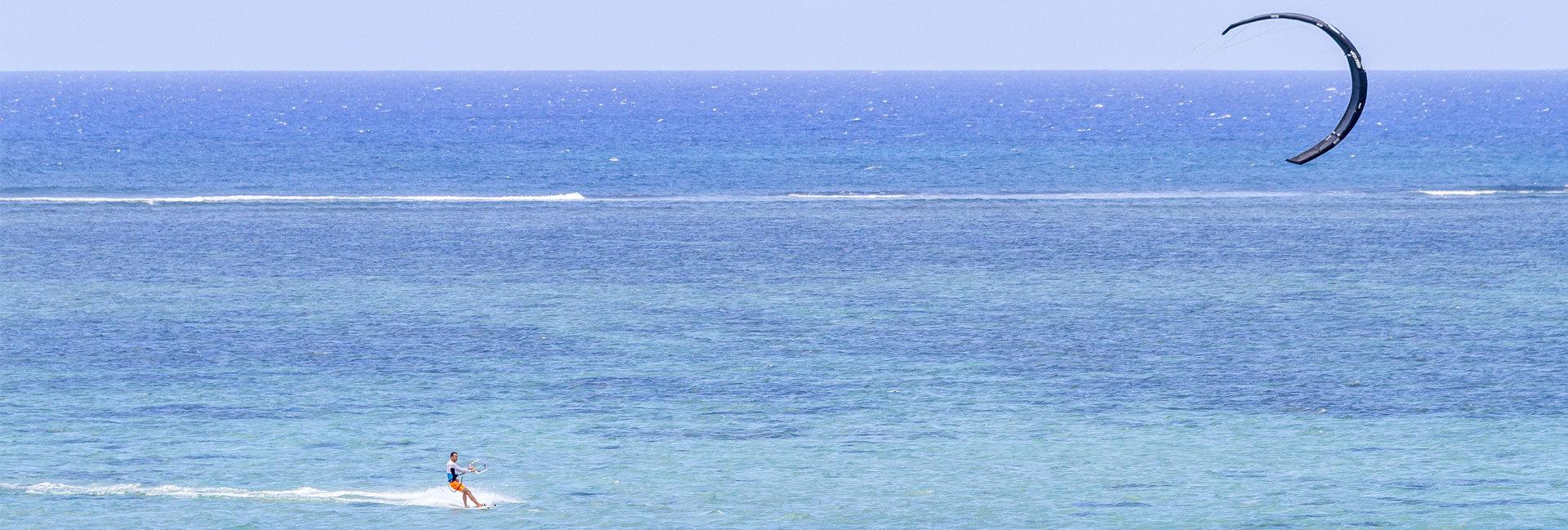 kite-alone-in-paradise-mauritius